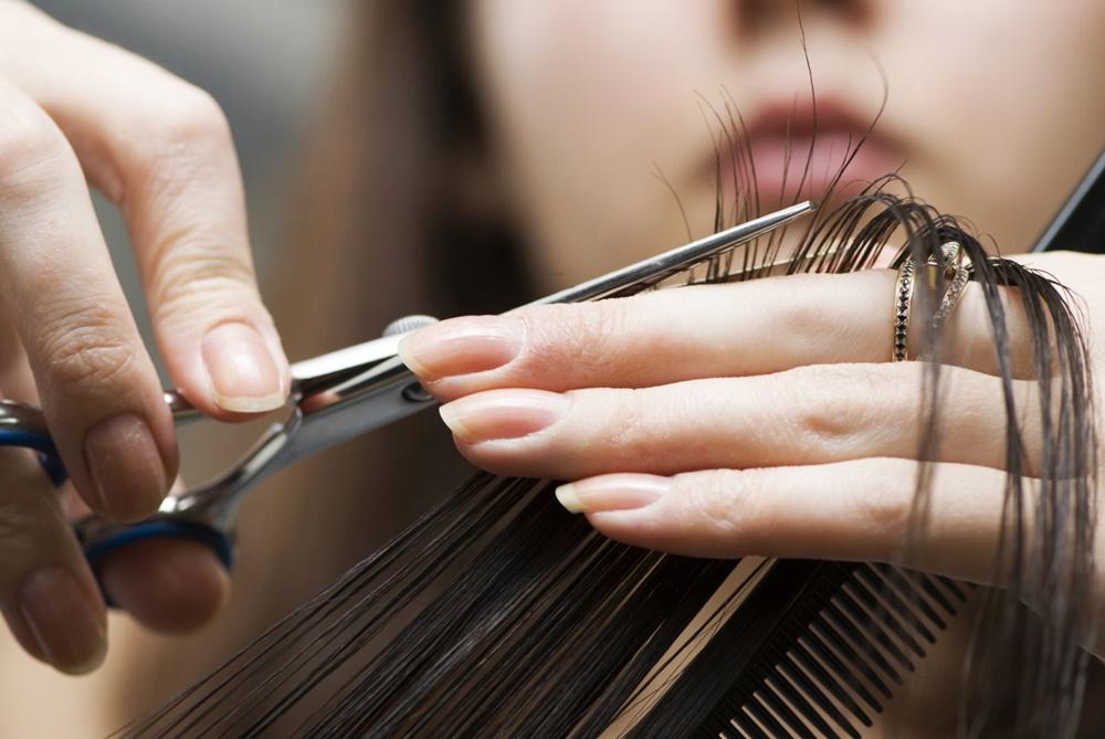 Что лучше учиться маникюр парикмахер