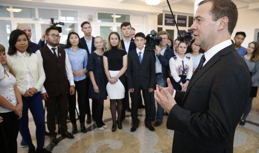 Медведев объявил озапуске системы поупрощению процесса открытия нового бизнеса