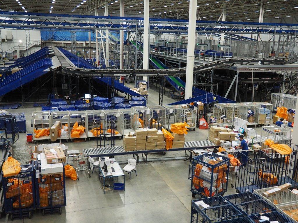 «Почта России» ссамого начала года обработала около 145,5 млн интернациональных посылок