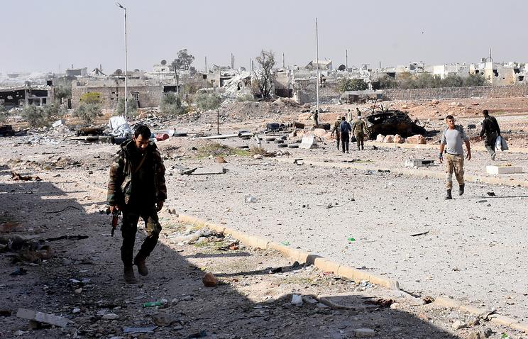 Десять боевиков вСирии, сложив оружие, получили амнистию порешению Дамаска
