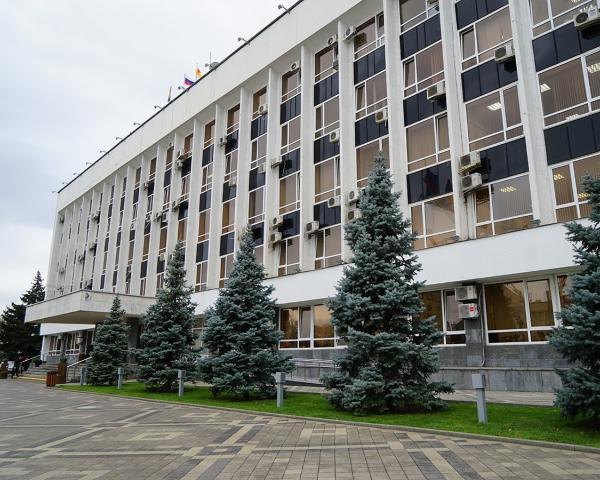 Каждый вице-мэр Краснодара обходится городу в3,5 млн. вгод
