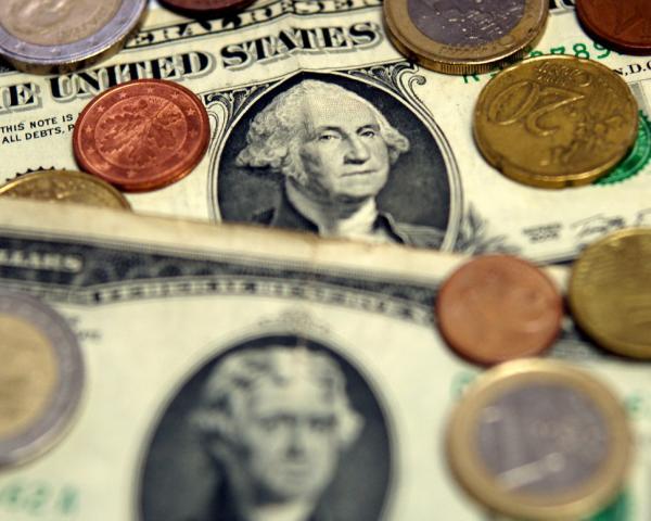 Курс доллара опустился ниже отметки в60 руб.