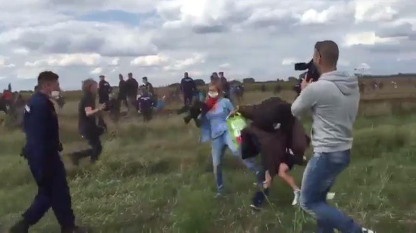Венгерский оператор, сделавшая подножку беженцу, получила 3 года условно