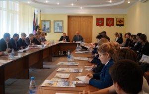Игорь Дяченко: Молодёжный совет должен стать кадровым резервом администрации города