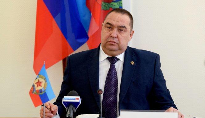 Порошенко призвал ОБСЕ активизировать консультации поразмещению вооруженной полицейской миссии наДонбассе