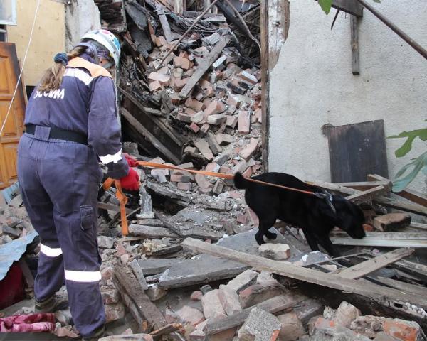 При обрушении части жилого дома вСочи погибла женщина