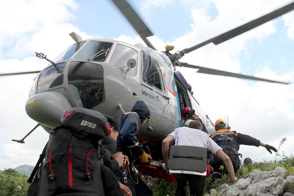Туриста стравмой ноги эвакуировали вертолетом сгоры Фишт наСеверном Кавказе