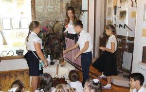Музей истории Сочи дал урок школьникам