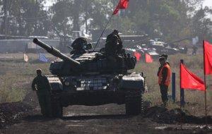 В Донецкой народной республике прошли соревнования по танковому биатлону