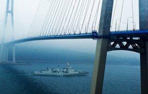 Отряд кораблей ВМС Китая при заходе во Владивосток приветствовали салютом Наций
