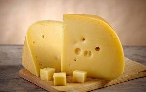 Запрещенный к ввозу сыр из Германии обнаружен в реализации в г.Краснодаре