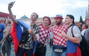 Сколько потратили иностранцы во время ЧМ-2018 в России: таможенники привели цифры