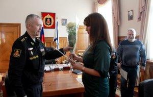 Командующий Балтийским флотом поздравил представителей региональных СМИ с профессиональным праздником