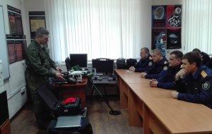 На базе кабинета криминалистики следственного управления СКР по краю проведены занятия