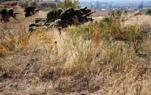 В горах Армении разведчики Южного военного округа уничтожили лагерь условного противника в рамках российско-армянского двустороннего батальонного-тактического учения
