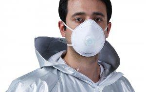 Медицинская или строительная: врач-иммунолог дал совет по выбору маски