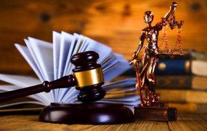 В Крыловском районе трое местных жителей предстанут перед судом по обвинению в похищении несовершеннолетней и совершении преступления против ее половой неприкосновенности