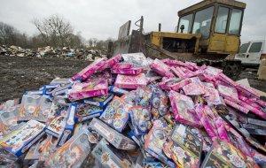 Подделка ребенку не игрушка: контрафакт заполонил детские магазины