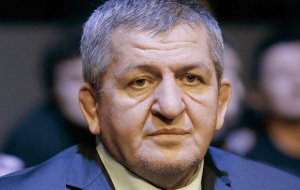 Отец Нурмагомедова умер из-за осложнений после коронавируса