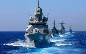 Михаил Мишустин поздравил работников и ветеранов морского и речного флота с профессиональным праздником