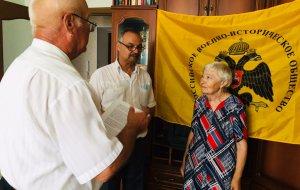 В Волгоградской области дочери гвардии сержанта Красной армии вручили удостоверение к Ордену Ленина