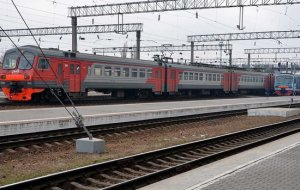 В Краснодаре под колесами поезда погиб пожилой мужчина