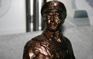 Голосование за лучший  творческий проект памятника  Герою Советского Союза Ц.Л. Куникову для установки в  городе-герое Новороссийске