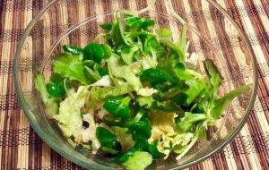 Салат из зеленой гречки с кефиром
