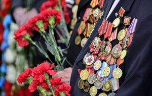 В Абхазии военнослужащие ЮВО поздравили с Днем Победы ветерана Великой Отечественной войны Артюх Филиппа